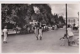 Carte 1930 DJIBOUTI / LES JARDINS ET LA PLACE MENELICK - Dschibuti