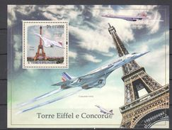N667 2010 S.TOME E PRINCIPE AVIATION ARCHITECTURE TOUR EIFFEL CONCORDE BL MNH - Concorde