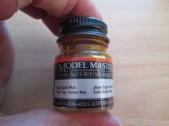 Cause Arrêt Activité Maquettiste VENDS PEINTURE ENAMEL MODEL MASTER Jaune Signal Métallisé,  Pot Neuf - Outils & Peintures