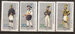 Allemagne Orientale East Germany 1978 Uniforms Complete Set MNH ** - [6] Democratic Republic