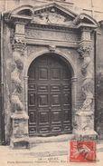 Cp , 13 , ARLES , Porte Renaissance, Colonnes, Porche - Arles