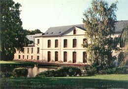 Cpsm -    Soisy Sur Seine  - Parc Et Château Du Grand Veneur       V244 - Frankrijk