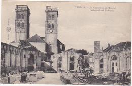 55 - VERDUN - La Cathédrale Et L'Evêché - Verdun