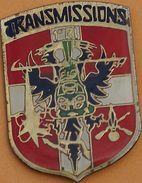 W 269 )...... ÉCUSSON MILITAIRE.............TRANSMISSIONS - Militaria