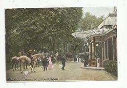 Cp , Restaurant , 75 , Paris , Bois De Boulogne , Le Pavillon D'Armenonville , L'heure De L'apéritif , Chevaux , Voyagée - Hotels & Restaurants
