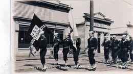 Carte Photo South Dakota Coldr Bearers. A.a.r. (tres Belle Photo De Marin Qui Defi....) - Etats-Unis