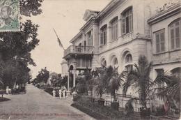 CPA  VIÊT-NAM - INDO-CHINE - ANNAM - Hôte De La Résidence Supérieure - Viêt-Nam