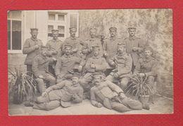Environs De Cirey  --  Soldats Allemands Dans Une Cour -- XIX Erzatz Division -- 31/10/1915 - Autres Communes