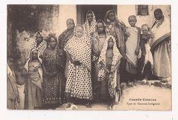 GRANDE COMORE Type De Femmes Indigénes - Comoros
