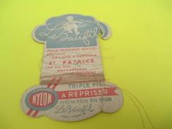 Mercerie/Carton Présentoir/Le Baufil/Nylon/Triplefil/à Repriser/St Patrick/Spécial Pour Bas Nylon /Vers1940-1960   MER54 - Habits & Linge D'époque