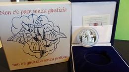 CITTA' DEL VATICANO - ANNO 2002 - 10€ Giornata Mondiale Della Pace FS ARGENTO - Tiratura 10.000 - Vaticano