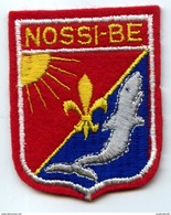 ECUSSON BRODE - NOSSI-BÉ (MADAGASCAR) - Ecussons Tissu