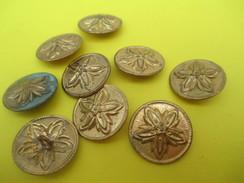 9 Boutons Fantaisie  /Rosace/ Bronze Estampé Doré// Origine à Déterminer /Vers 1930-1960     BOUT124 - Boutons
