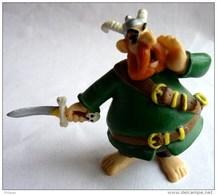 FIGURINE ASTERIX PLASTOY 1997 BARBE ROUGE BE - Asterix & Obelix