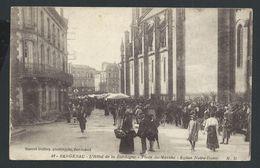 +++ CPA - France 24 - BERGERAC - Hôtel De La Dordogne - Place Du Marché - Eglise Notre-Dame   // - Bergerac