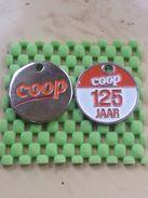 2 X Shopping Carts / Winkelwagentjes / Jeton De Caddie - Dutch  / Pays-Bas -COOP / 125 Jaar Supermarkt - Jetons De Caddies