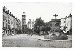 ISSOIRE  (cpsm 63)    Place De La République  -  - L 1 - Issoire