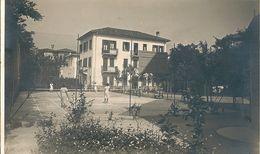 2 Cpa  De  L'  Instituto  Campostrini  -  Lido  Venezia  -   IL  Cortile  Della  Scuola .  IL  Giardino     (  ITALIE  ) - Italie