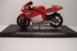YAMAHA YZR 500  - Max Biaggi  2001  - MOTO  - - Motos