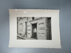 PHOTO 72 LE MANS COMMERCE SOCIETE FRANCAISE DE COMBUSTIBLES - Lieux
