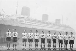 """Equipe De Football De L'Equipage Du Paquebot """" NORMANDIE """" à New-York - Reproductions"""