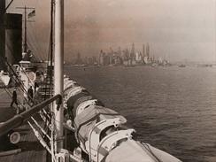 PHOTO Du SS ÎLE DE FRANCE A Son Arriver A NEW YORK 1937 Paquebot C.G. Transatlantique French Line - Reproductions