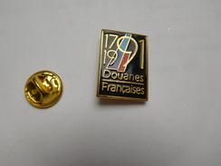 Beau Pin's En EGF , Armée Militaire , Douanes Françaises , Signé Winner - Armee