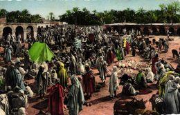 ALGERIE - SCENES ET TYPES - UN MARCHE - Scènes & Types