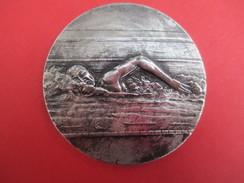 Médaille De Sport/  Natation / Nageur  En Piscine / Bronze Argenté/ Vers 1930-1950   SPO195 - Swimming