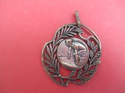 Médaille De Sport/ Athlétisme/Course à Pied/ Vers 1930   SPO196 - Athletics
