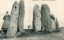 DOLMEN ET MENHIR(PLOUHARNEL) - Dolmen & Menhirs
