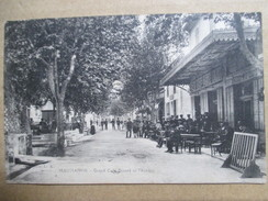 BOUCHES DU RHONE  13   MAUSSANE  - GRAND CAFE DINARD       TRES    ANIME    TTB - Other Municipalities