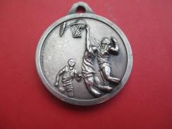 Médaille De Sport/Basketball/ Gloria /Bronze Nickelé /Vers 1970    SPO207 - Sports