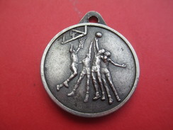 Médaille De Sport/Basketball/ Gloria /Bronze Nickelé /Vers 1970    SPO208 - Autres