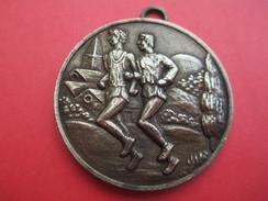 Médaille De Sport/Athlétisme/Course à Pied / Cross/Bronze /Vers 1950 - 1970  SPO209 - Athlétisme