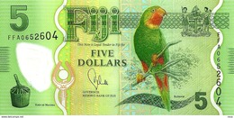 FIJI $5 GREEN  PARROT BIRD FRONT IGUANA LIZARD BACK POLYMER ND(2013) P.115 UNC READ DESCRIPTION !! - Fidji