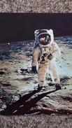 CPSM LA CONQUETE DE LA LUNE PAR APOLLO XI JUILLET 1969 ALDRIN SUR LA LUNE PHOTOGRAPHIE PAR ARMSTRONG 4 - Astronomia