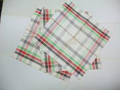 Lot De 3 SERVIETTES Ou Torchons Publicitaires En Tissu BISCUITS GONDOLO - Company Logo Napkins