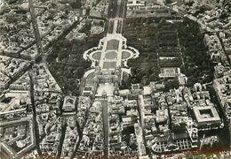 PIE 17-C-670 : PARIS. VUE AERIENNE. JARDIN ET PALAIS DU LUXEMBOURG  PLACE ST SULPICE - France