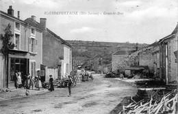 CPA De BLONDEFONTAINE (Haute-Saône) - Grande-rue. Non Circulée. TB état. - Other Municipalities