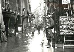 PIE 17-C-690 : PARIS. INONDATIONS RUE DE BIEVRES. CARTE MODERNE - Inondations De 1910