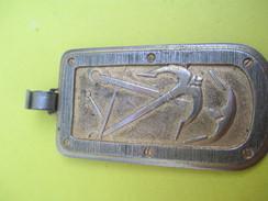 Médaille /Tir à L'Arbaléte/Bronze Chromé Doré/Vers 1960 - 1970          SPO219 - Tir à L'Arc