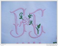 Drap Ancien  Monogramme-- F F184x240 -----avec 2 Petites Restaurations - - Draps/Couvre-lits