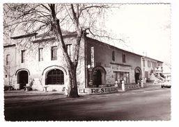 13 Senas Hotel Terminus Restaurant Chez Titin CPSM GF Edit JN Série La Provence Touristique Citroen DS Auto - Autres Communes