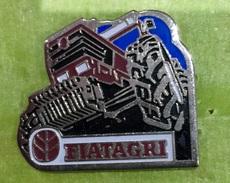 BATIMENT FIATAGRI - Badges
