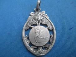 Médaille De Sport/Athlétisme / Course à Pied/Bronze Nickelé/ Vers 1930 - 1950                     SPO237 - Athlétisme