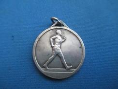 Médaille De Sport/Athlétisme / Marche/Bronze Nickelé/ Vers 1930 - 1950                     SPO240 - Athlétisme