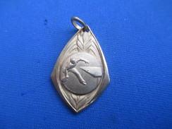 Médaille De Sport/Tennis De Table / Ping Pong //Bronze Doré/ Vers 1930 - 1950      SPO242 - Table Tennis