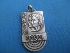 Médaille De Sport/Education Nationale / Jeunesse Et Sports  //Bronze Nickelé/ Vers 1930 - 1950      SPO243 - Sonstige