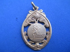 Médaille De Sport/Athlétisme / Course à Pieds/Cross ? //Bronze Doré/ Vers 1930 - 1950      SPO244 - Athlétisme